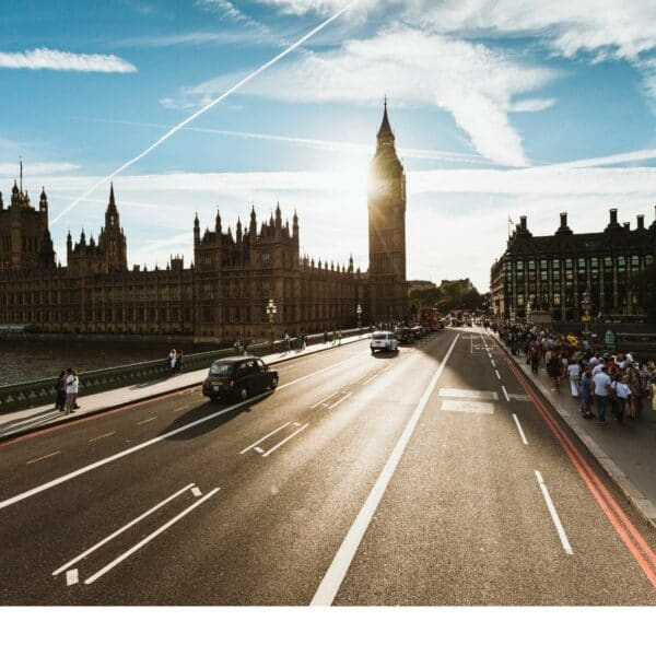 Image of Westminster Bridge, Parliament and Big Ben in London