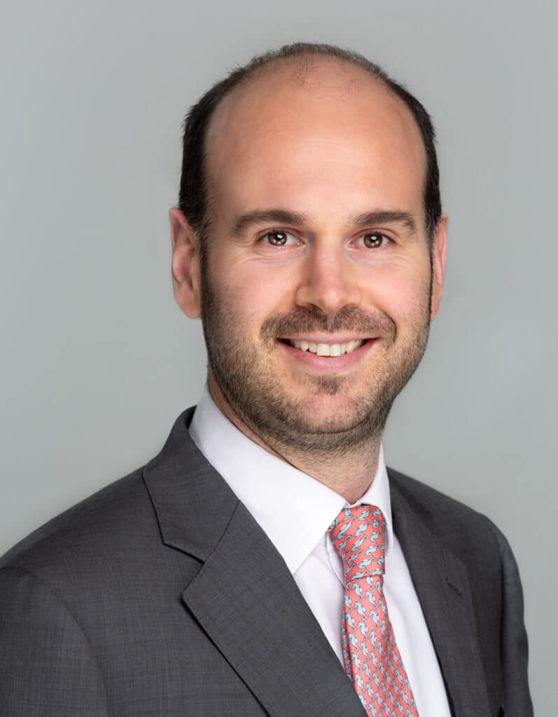 Image of Oscar Smith, Associate Solicitor at Expatriate Law